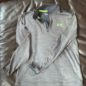 Under armour 1/4 zip long sleeve shirt